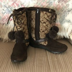 Signature Coach Juniper Boots Sz 6.5